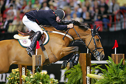 Whitaker Michael, GBR, Portofino<br /> World Cup Final Jumping - Las Vegas 2005<br /> © Hippo Foto - Dirk Caremans