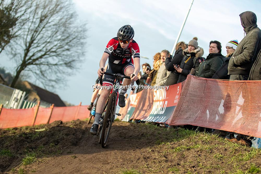 11-01-2020: Wielrennen: NK Veldrijden: Rucphen <br />Daan van den Eijnde