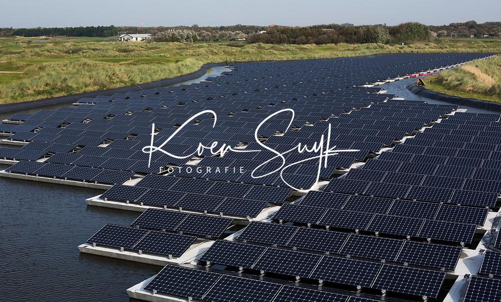 TEXEL - De Cocksdorp.  - zonnepanelen zorgen voor de helft van de energie  voor de Golf van Texelse. Golfbaan De Texelse. COPYRIGHT KOEN SUYK