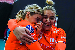 13-12-2019 JAP: Semi Final Netherlands - Russia, Kumamoto<br /> The Netherlands beat Russia in the semifinals 33-22 and qualify for the final on Sunday in Park Dome at 24th IHF Women's Handball World Championship / Angela Malestein #26 of Netherlands, Jessy Kramer #5 of Netherlands