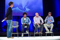 Luciano Huck Renê Silva, Igor Rocha e Emersin Martins Ferreira durante o VOX - The Joy of Sharing, evento que  pretende provocar reflexões sobre o futuro da comunicação a partir do compartilhamento de conteúdo e experiências. FOTO: Vinícius Costa/ Agência Preview