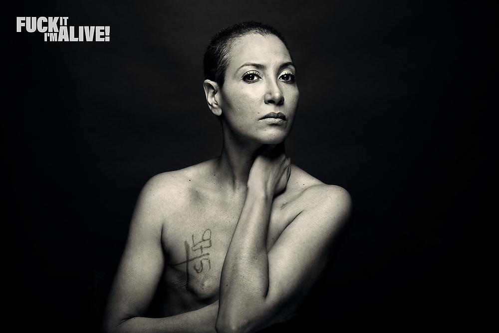 Ein Fotoprojekt für das (Über-)leben mit Brustkrebs. An art project about living & outliving breast cancer. <br /> <br /> www.fi-ia.com
