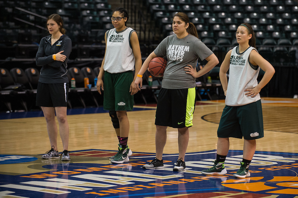 April 2, 2016; Indianapolis, Ind.; Assistant coach Alysa Horn, Dominique Brooks, assistant coach Shaina Afoa and Tara Thompson watch the action during their practice session at Bankers Life Fieldhouse.