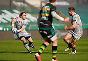 Sale Sharks scrum-half Faf De Klerk passes to Sale Sharks centre Sam Hill during a Gallagher Premiership Round 13 Rugby Union match, Saturday, Mar. 13, 2021, in Northampton, United Kingdom. (Steve Flynn/Image of Sport)