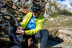 16-09-2017 FRA: BvdGF Tour du Mont Blanc day 7, Beaufort<br /> De laatste etappe waar we starten eindigen we ook weer na een prachtige route langs de Mt. Blanc / Tjebbe, meten