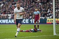 Football - 2019 / 2020 Premier League - West Ham United vs. Tottenham Hotspur<br /> <br /> Harry Kane (Tottenham FC) celebrates after bundling the ball over for his teams third goal at the London Stadium<br /> <br /> COLORSPORT/DANIEL BEARHAM