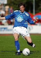 Erlend Holm, Aalesund. <br /> <br /> Fotball: Kongsvinger - Aalesund 2-2 (5-2 e. straffer). NM 2004 herrer, 3. runde. 8. juni 2004. (Foto: Peter Tubaas/Digitalsport.