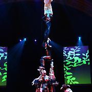 NLD/Huizen/20050706 - Premiere Nieuw Groot Chinees Staatscircus, voorstellling