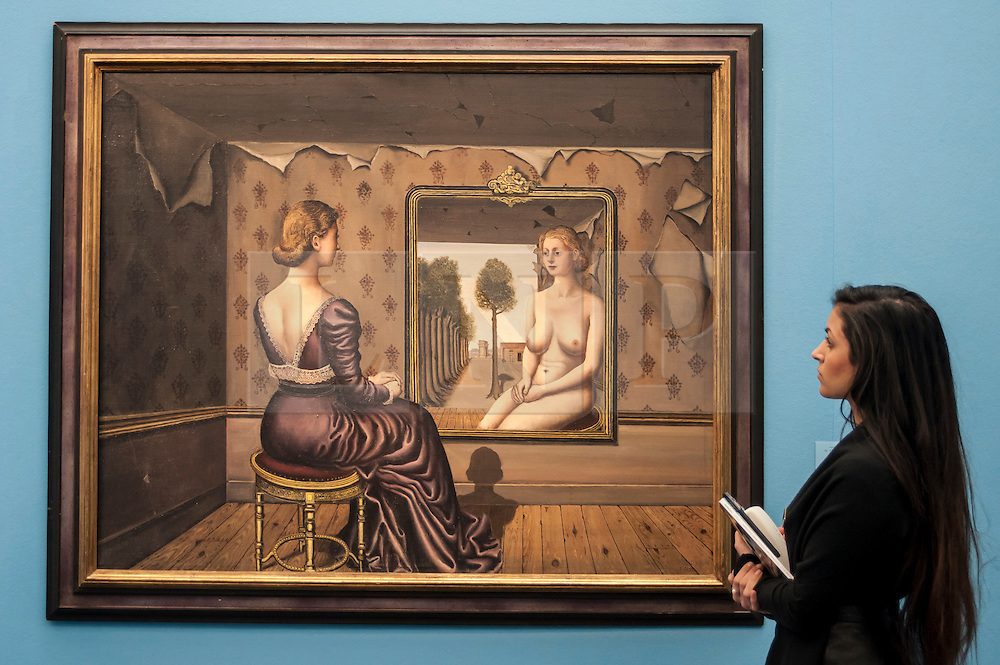 """© Licensed to London News Pictures. 28/01/2016. London, UK.   """"Le Miroir"""" by Paul Delvaux (est. £5.5-7.5m), on display at Sotheby's preview of its upcoming Impressionist, Modern & Surrealist art sale on 3 February featuring works by some of the most important artists of the 20th century.  The combined total of the evening sale is expected to exceed £100m. Photo credit : Stephen Chung/LNP"""