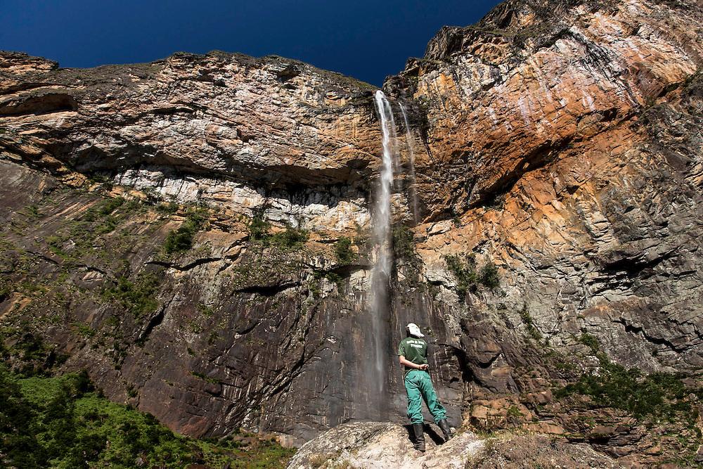 Conceicao do Mato Dentro_MG, Brasil.<br /> <br /> Cachoeira do Tabuleiro no Parque Nacional Serra do Cipo em Conceicao do Mato Dentro, Minas Gerais.<br /> <br /> Tabuleiro waterfall in Serra do Cipo National Park in Conceicao do Mato Dentro, Minas Gerais.<br /> <br /> Foto: LEO DRUMOND / NITRO
