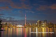 60912-00211 City Skyline at dusk Toronto, ON Canada