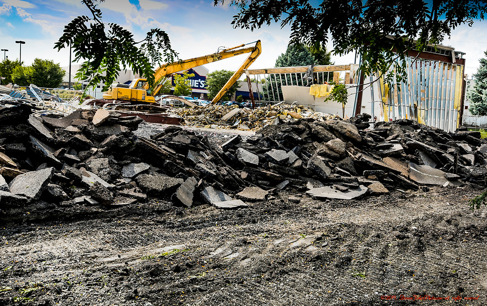 The building that housed Pier 1 Imports between Schadt Avenue and Eberhart Road has been demolished. It will become a 4-tenant commercial building.  Picture made Sept. 9, 2019. Donna Fisher Photography, LLC