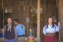 Lanceiros guardam a Chama Crioula enquanto gaúchos celebram a cultura tradicionalista no Acampamento Farroupilha, no Parque da Harmonia, em Porto Alegre. Em comemoração aos 180 anos da proclamação da República Rio-grandense, na revolução conhecida como Guerra dos Farrapos, o acampamento é composto por cerca de 400 piquetes organizados por grupos tradicionalistas, empresas e agremiações, onde se cultivam os hábitos da tradição gaúcha. FOTO: Gustavo Roth / Agência Preview