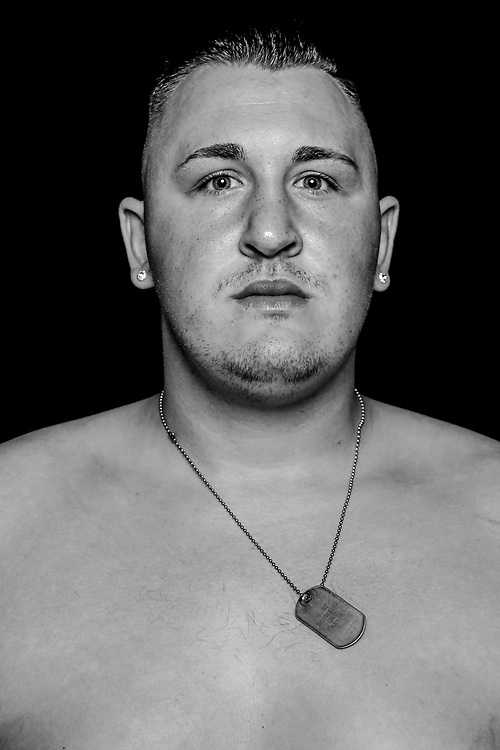 BOXEN: Studio, Portrait of a Boxer, Hamburg, 02.09.2018<br /> Dennis Lewandowski<br /> © Torsten Helmke
