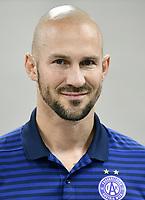 Download von www.picturedesk.com am 16.08.2019 (14:03). <br /> ABD0109_20190716 - WIEN - ÖSTERREICH: Trainer Christian Ilzer - FK Austria Wien anl. des Mannschafts-Fototermin am Dienstag, 16. Juli 2019, in Wien. - FOTO: APA/HANS PUNZ  _ - 20190716_PD3985