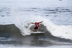 Willian Cardoso of Brazil advances to round 4 after placing second in round 3 heat 5 of the 2018 Hawaiian Pro at Haleiwa, Oahu, Hawaii, USA.