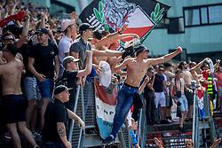 28-05-2017 NED: Finale playoff FC Utrecht - AZ Alkmaar, Utrecht<br /> 2e wedstrijd finale Play-off waar Utrecht een 3-0 achterstand goed maakt en met penalty's een Europees ticket pakt / Utrecht publiek sfeer support vlaggen