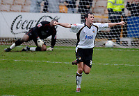 Photo: Glyn Thomas.<br />Port Vale v Swansea City. Coca Cola League 1. 08/04/2006.<br />Port Vale's Sam Togwell celebrates giving his team a 1-0 lead.