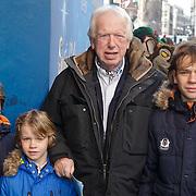 NLD/Amsterdam/20120219 - Premiere Sprookjesboom de Film, Hero Muller met kleinkinderen