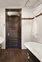 1847_Monroe_Bath_Door VA2_013_999_Jan_June_2016