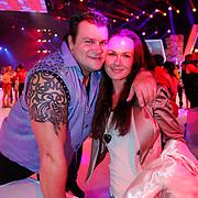 NLD/Hilversum/20130101 - 1e Liveshow Sterren dansen op het IJs 2013, Jarno Hams en partner Ellen