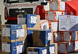 20.03.2020, Wien, AUT, Coronaviruskrise, Österreich, Übergabe von 3000 Schutzanzügen und 150.000 Schutzmasken an den Arbeiter Samariterbund (ASBÖ), im Bild Schutzmasken und Schutzanzüge // Handover of 3000 protective suits and 150,000 protective masks to the Austrian Samaritan Federation (ASBÖ). The Austrian government is pursuing aggressive measures in an effort to slow the ongoing spread of the coronavirus. Wien, Austria on 2020/03/20. EXPA Pictures © 2020, PhotoCredit: EXPA/ Herbert Neubauer/APA-POOL