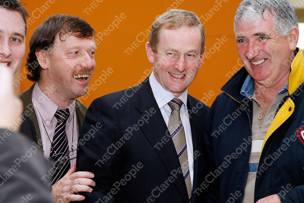 Martin Lynch and Joe Queally meet Fine Gael leader Enda Kenny in Shannon on Friday.<br /><br /><br /><br />Photograph by Yvonne Vaughan.