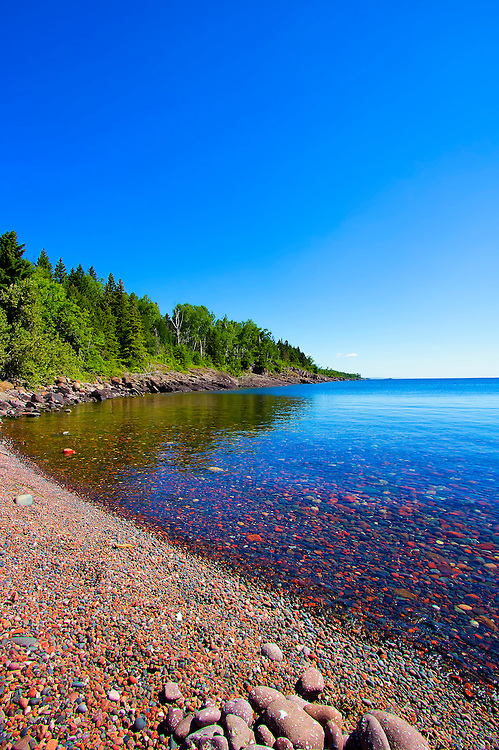 Sugarloaf Cove Minnesota - Founded in 1993 to protect and restore beautiful Sugarloaf Cove, Sugarloaf: The North Shore Stewardship Association promotes the restoration and preservation of the entire North Shore.<br />
