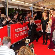 NLD/Utrecht/20110928 - NFF 2011 - Premiere Bringing Out Bobby, Famke Janssenen zussen Antoinette, Beumer en Marjolein
