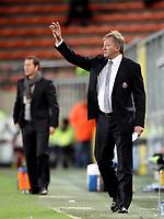 Fotball<br /> Østerrike<br /> Foto: Gepa/Digitalsport<br /> NORWAY ONLY<br /> <br /> 03.11.2011<br /> UEFA Europa League, Gruppenphase, RSC Anderlecht vs SK Sturm Graz<br /> <br /> Bild zeigt Trainer Ariel Jacobs (Anderlecht/ vorne) und Trainer Franco Foda (Sturm).