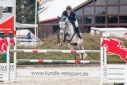 09.2, Youngster-Springprfg. Kl. M** 8j. Pferde,Ehlersdorf, Reitanlage Jörg Naeve, 13.05. - 16.05.2021, Thomas Kleis (GER), Casadimo,