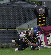 04/05/2002.Sport - Rugby Union.Tetley's County Championship 1 st Rd.Surrey vs Cornwall.Cornwall centre Mark Richards, scoring a second half try. ...[Mandatory Credit, Peter Spurier/ Intersport Images].[Mandatory Credit, Peter Spurier/ Intersport Images].