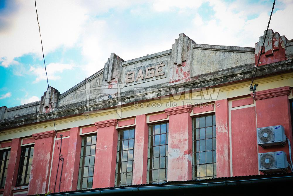 Antiga Estação Férrea de Bagé, onde hoje funciona o Centro Administrativo do Município. FOTO: Marcos Nagelstein/Agência Preview