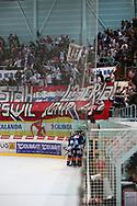Rapperswil jubelt nach dem 2:1 gegen Biel im Playout Spiel der National League A zwischen den Rapperswil-Jona Lakers und dem EHC Biel, am Donnerstag, 27. Maerz 2014, in der Diners Club Arena Rapperswil-Jona. (Thomas Oswald)