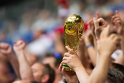 July 7, 2018 - Samara, Russia - 180707 Fans of England celebrate with a replica of the World Cup trophy during the FIFA World Cup quarter final match between Sweden and England on July 7, 2018 in Samara..Photo: Petter Arvidson / BILDBYRÃ…N / kod PA / 92083 (Credit Image: © Petter Arvidson/Bildbyran via ZUMA Press)