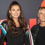 NLD/Amsterdam/20190909 Premiere Anna, Lisa Michels en vriendin