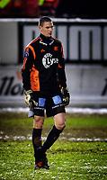 Fotball<br /> Tippeliga<br /> TIL v Viking  1 - 0 23.10.2005<br /> Vikings keeper Anthony Basso på tur ut etter utvisningen.<br /> Foto: Tom Benjaminsen / DIGITALSPORT