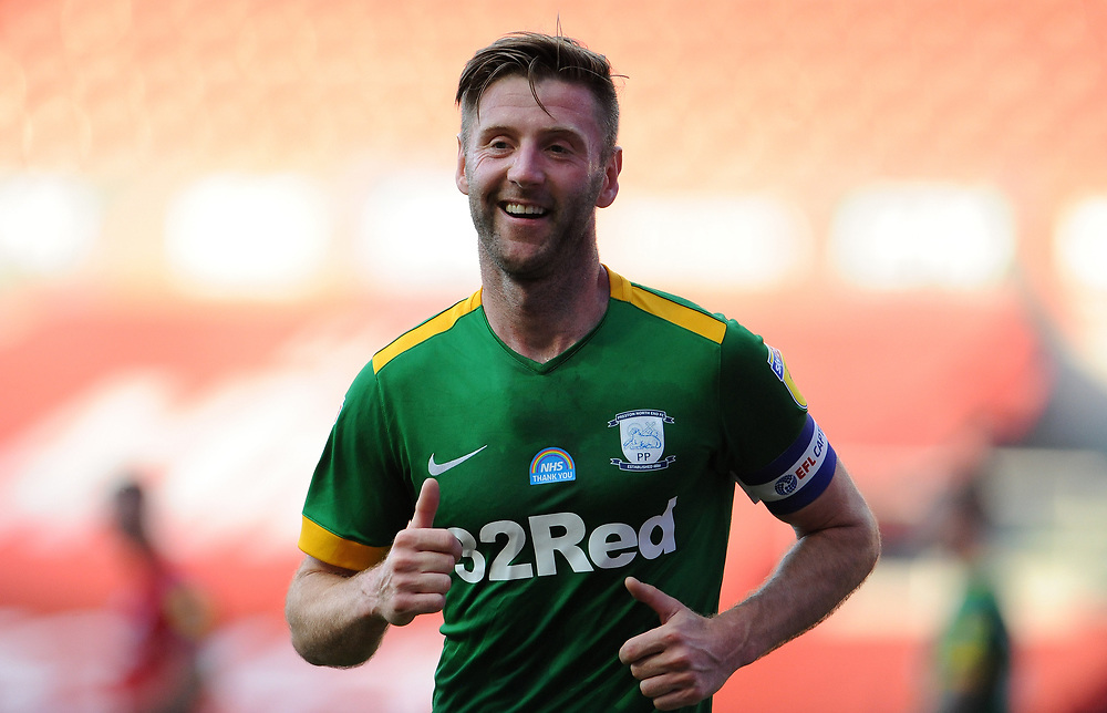 Preston North End's Paul Gallagher heads to take the courier <br /> <br /> Photographer Ian Cook/CameraSport<br /> <br /> The EFL Sky Bet Championship - Bristol City v Preston North End - Wednesday July 22nd 2020 - Ashton Gate Stadium - Bristol <br /> <br /> World Copyright © 2020 CameraSport. All rights reserved. 43 Linden Ave. Countesthorpe. Leicester. England. LE8 5PG - Tel: +44 (0) 116 277 4147 - admin@camerasport.com - www.camerasport.com