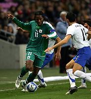 Fotball<br /> Privatlandskamp<br /> 16.11.2005<br /> Italia v Elfenbenskysten <br /> Foto: Graffiti/Digitalsport<br /> NORWAY ONLY<br /> <br /> Didier Drogba Cote d'Ivoire