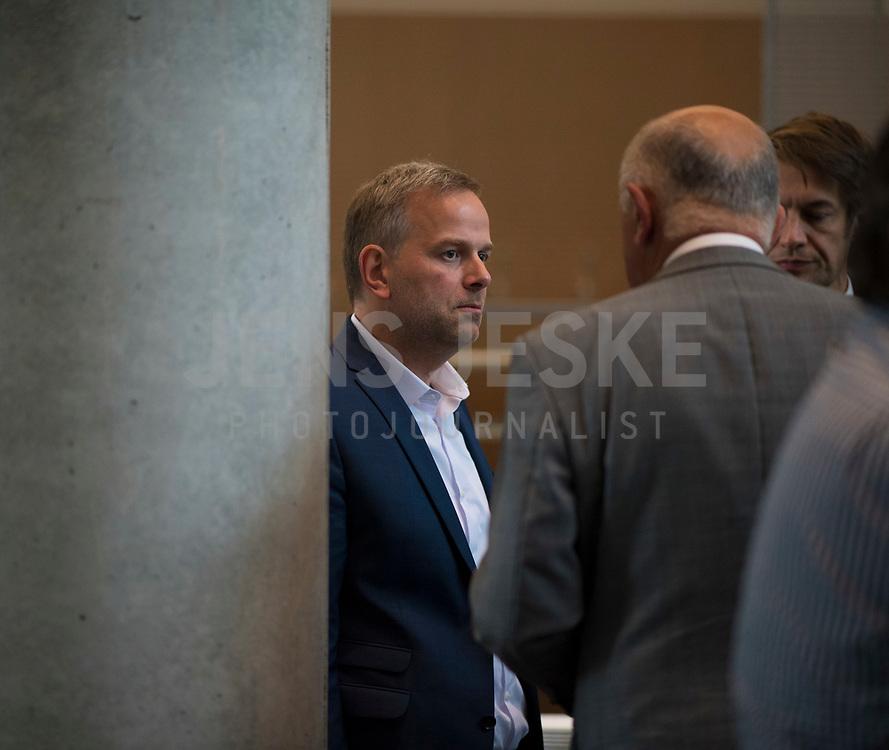 DEU, Deutschland, Germany, Berlin, 26.09.2017: Leif-Erik Holm (MdB, AfD) vor der ersten Fraktionssitzung der AfD-Bundestagsfraktion im Deutschen Bundestag.