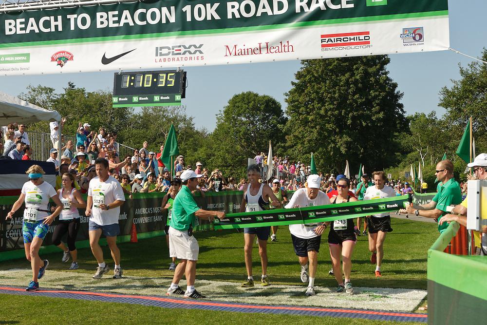Joan Samuelson, Beach to Beacon 10K race founder , Bill Rodgers , Olympic Gold Medalist Frank Shorter