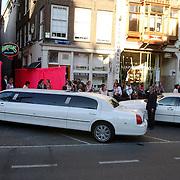 NLD/Amsterdam/20050628 - Presentatie Samsung Ladyphone, limousine voor de Supperclub