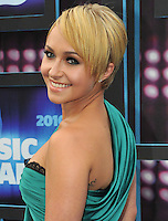 Hayden Panettiere attends the 2010 CMT Music Awards at the Bridgestone Arena on June 9, 2010 in Nashville, Tennessee.  (Photo by Frederick Breedon/WireImage)