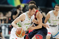 09.09.2014, City Arena, Barcelona, ESP, FIBA WM, Slowenien vs USA, im Bild Slovenia's Goran Dragic (l) and USA's Klay Thompson // during FIBA Basketball World Cup Spain 2014 match between Slovenia and USA at the City Arena in Barcelona, Spain on 2014/09/09. EXPA Pictures © 2014, PhotoCredit: EXPA/ Alterphotos/ Acero<br /> <br /> *****ATTENTION - OUT of ESP, SUI*****