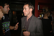 Rocky Marshall, First night party after the opening of Rabbit by Nina Raine at the Old Red Lion Theatre, Islington. Groucho Club. 18 June 2006. ONE TIME USE ONLY - DO NOT ARCHIVE  © Copyright Photograph by Dafydd Jones 66 Stockwell Park Rd. London SW9 0DA Tel 020 7733 0108 www.dafjones.com