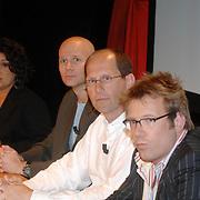 NLD/Aalsmeer/20070601 - Uitzending van de BNN grote  Donorschow, nierpatiente Esther Claire, Laurens Drillich, Paul Römer en Patrick Lodiers