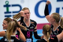 29-09-2018 NED: Supercup Sliedrecht Sport - Eurosped, Sliedrecht<br /> Sliedrecht takes the first price of the new season / Vera Mulder #8 of Eurosped