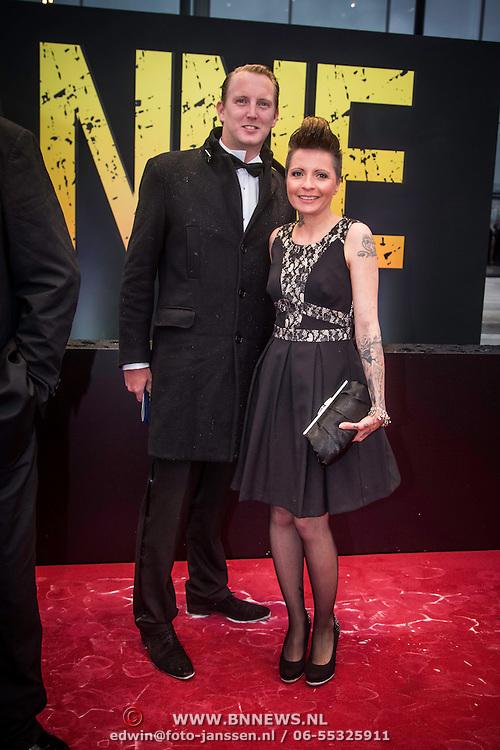 NLD/Amsterdam/20140508 - Wereldpremiere Musical Anne, Geert Smid en partner Sanne Kraaijkamp