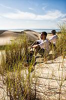 Sandboarding on the dunes of Siriú Beach. Garopaba, Santa Catarina, Brazil. / <br /> Sandboard nas dunas da Praia do Siriú. Garopaba, Santa Catarina, Brasil.