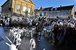© Licensed to London News Pictures. 25/12/2009. Chipping Norton, Oxfordshire. Heythrop Hunt Boxing Day. Heythrop Hunt became the first in the UK to be convicted of illegally killing foxes. Heythrop Huntsmen Julian Barnfield and Richard Sumner pleaded guilty to the same charges. Photo credit : MarkHemsworth/LNP